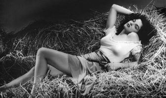 Jane Russell in The Outlaw (1941).