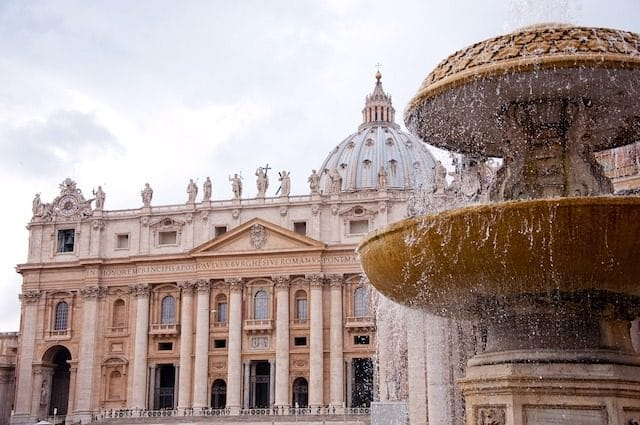 party-virgin-mary-sites-porn-vaticano